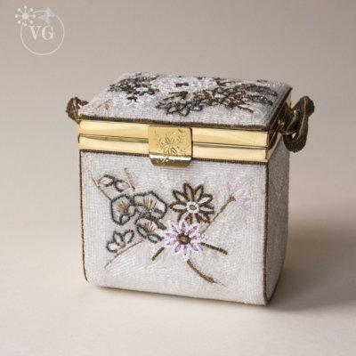 1950's Geisha Hand Beaded Fuji Box Bag