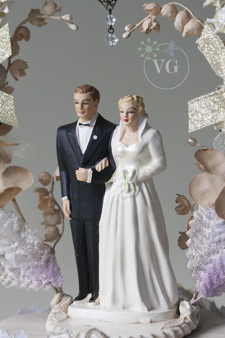 Coast Novelty Wedding Cake TopperVintage 1952 Coast Novelty Wedding Cake Topper   Vintagegown com. Novelty Wedding Cake Toppers. Home Design Ideas