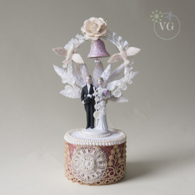 cultured pearl wedding cake topper